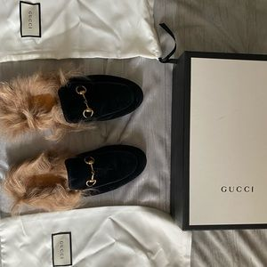 Gucci Velvet Princetown Fur woman's slippers